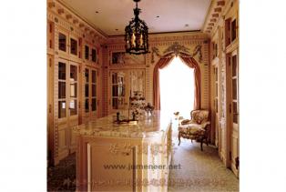 新古典风格强调更强的实用性,同是非常注重装饰,常用镶嵌装饰手法,并饰以油漆或者浅浮雕。细节之处的精细使得美式家具更有内涵和独特风格..