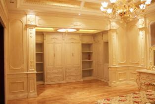 居梦园为你提供衣帽间类型,材质,标准配件。有推拉门衣柜,平开门衣柜和开放式衣帽间。还有单门,双门,混合式,嵌入,等等,让你的衣帽间具..